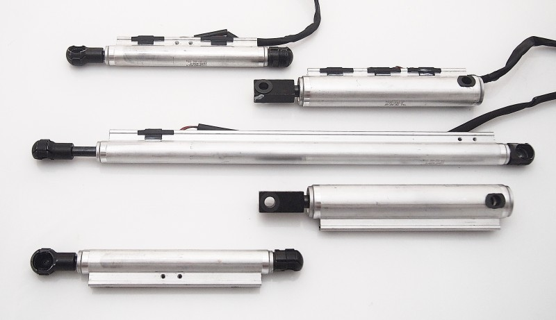 Rebuild/Upgrade Service for Full Set of 2007-2013 Jaguar XK/XKR Convertible Hydraulic Cylinders