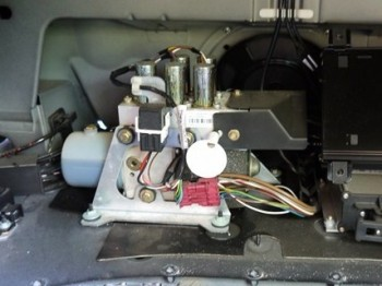 Hydraulic Pump Rebuild Service for '98-'03 Mercedes Benz W208 CLK-Class